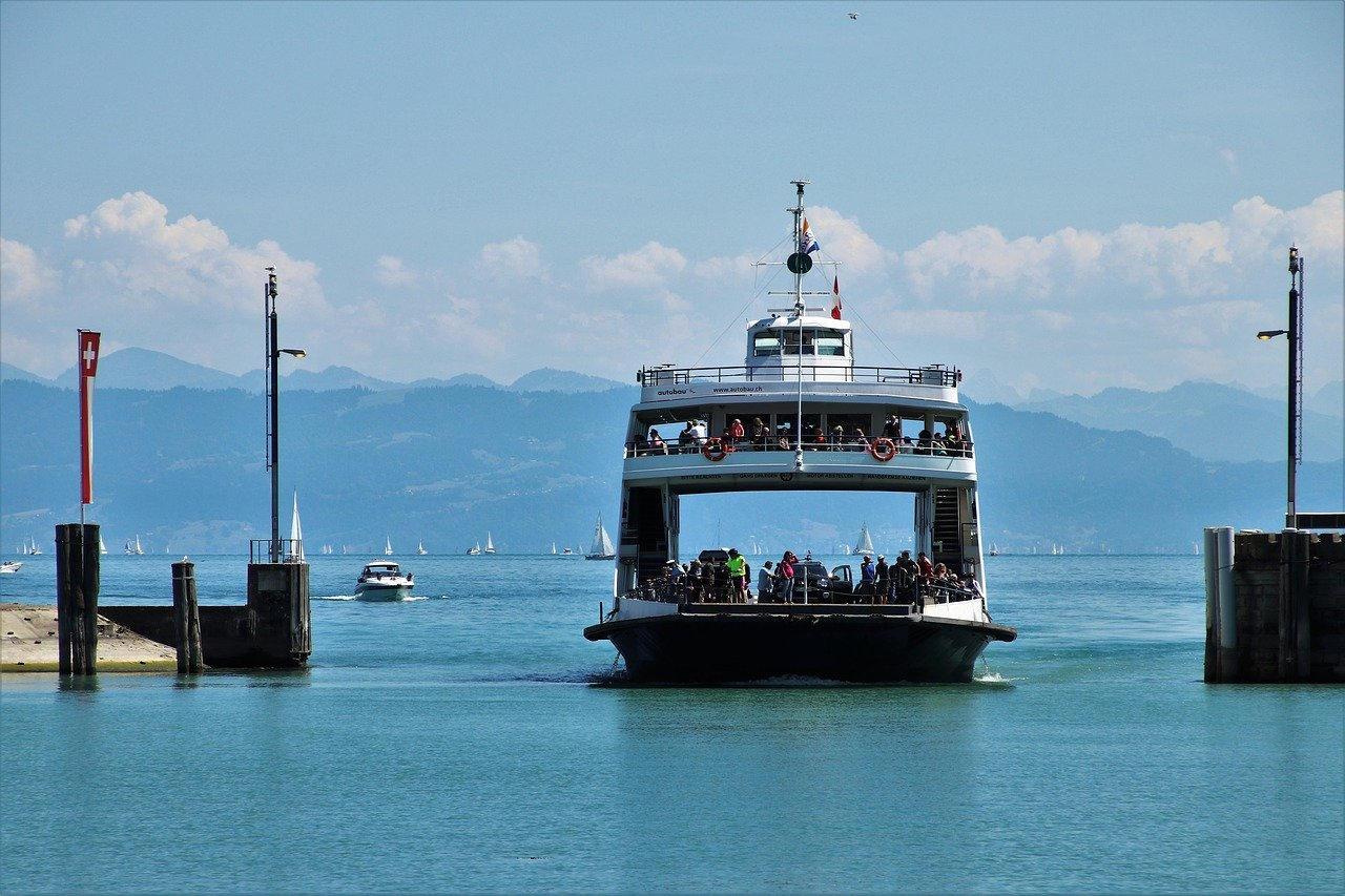 Partire per la Sardegna: organizzare un viaggio in traghetto