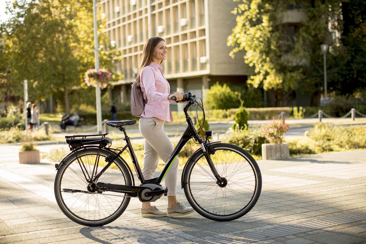Spostarsi nelle grandi città: la bicicletta elettrica